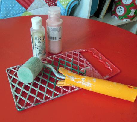 acrylfarben mit farbroller auftragen