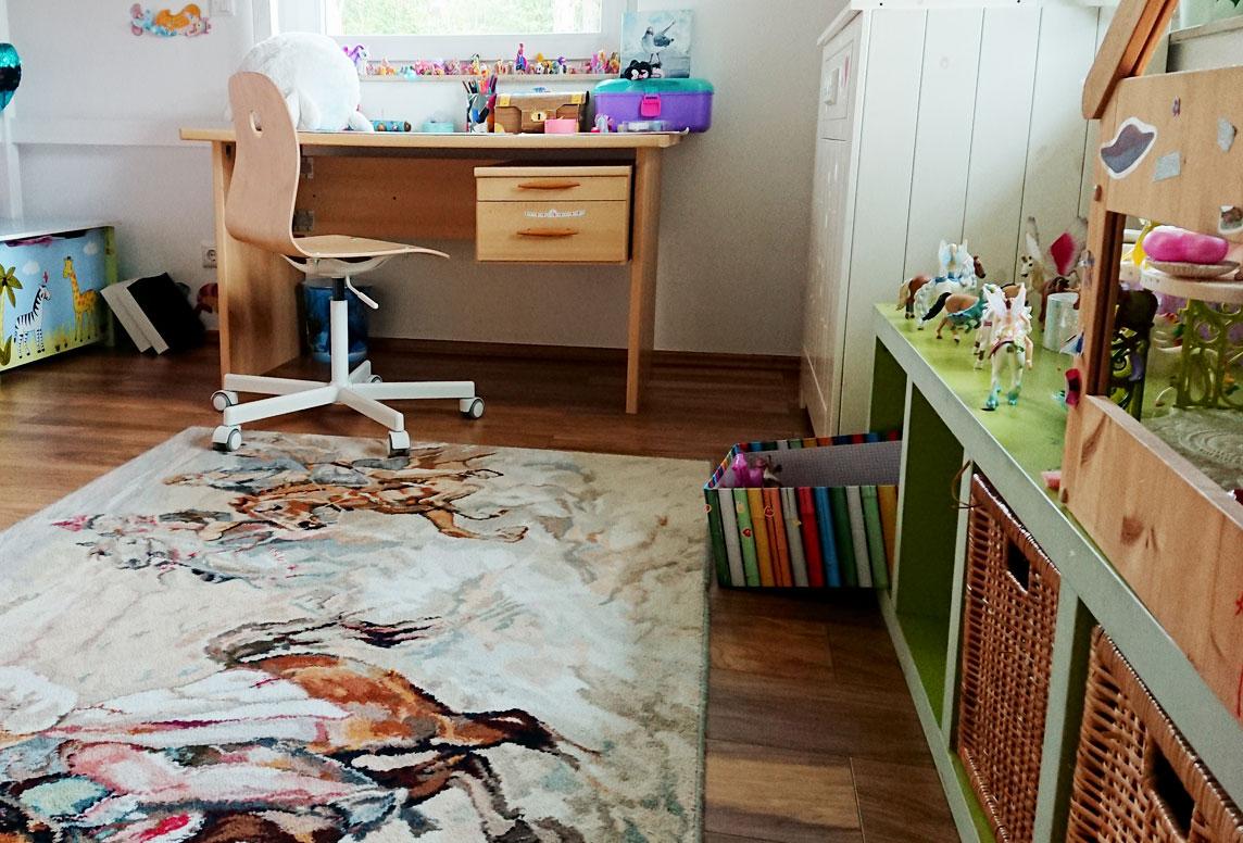 welcher bodenbelag eignet sich am besten f rs kinderzimmer. Black Bedroom Furniture Sets. Home Design Ideas