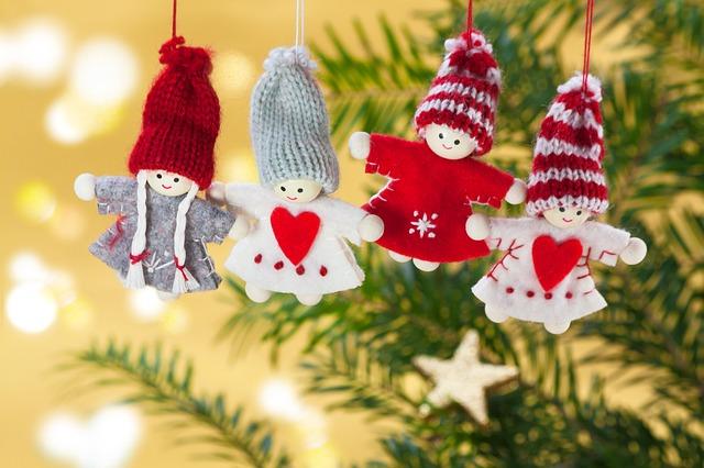 wie viel geld ausgeben weihnachtsgeschenk kind