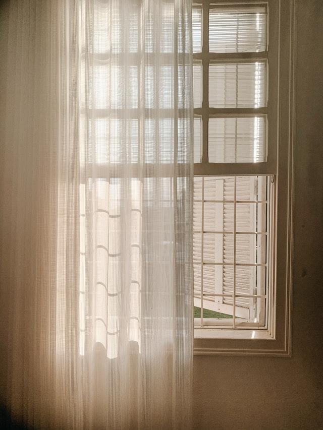 Vorhänge im Schlafzimmer